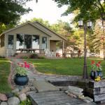 Lake Homes & Cabins Photos