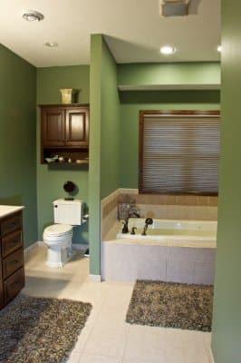 9-custom-home-bath