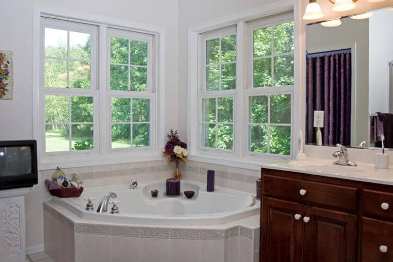 Southern Style Home Master Bath