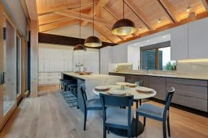 Custom Home Kitchen vaulted ceiling