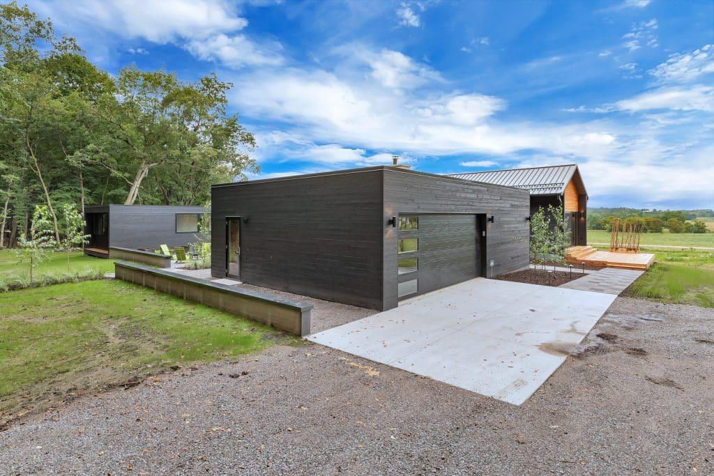 2018 Tour of Homes Exterior Garage